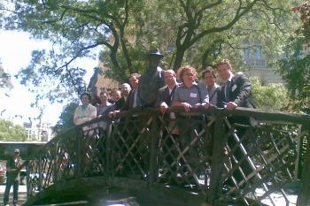 At the statue of Imre Nagy - Martí Grau i Segú, Martin József, Enyedi Zsolt, Grigorij Mese¾nikov, Václav Nekvapil, Hakan G. Sicakkan, Hegedűs István, José Ignacio Torreblanca, Alexander H